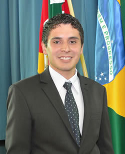 Ver. João Guilherme Mazetto (PSD)